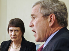 Helen Clark met George Bush in the Oval Office this morning. Photo / Reuters