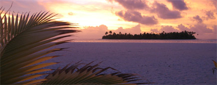 A sunset  view from uninhabited Honeymoon Island, off  the coast of Aitutaki in the Cook Islands. Photo / Supplied