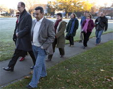 David Bain (L) and his supporters walk to the High Court in Christchurch to hear two questions from the jury before they retired to consider their verdict. Photo / Simon Baker
