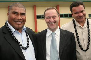 Michael Jones (R) with fellow former All Black Va'iga Tuigamala and PM John Key. Photo / Paul Estcourt