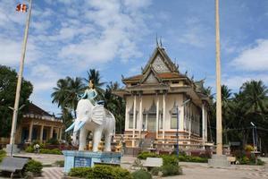 The main temple at Wat Slaket. Photo / Kerri Jackson