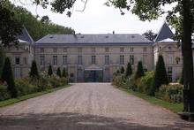 An exhibition at Paris' Chateau de Malmaison (pictured) examines the role Napoleon Bonaparte's first wife, the Empress Josephine, had in changing France's wine tastes. Photo / Wikimedia Commons image from user Wabill