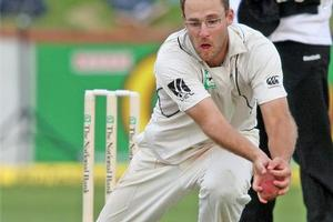 Daniel Vettori should lend strength to last season's cellar-dwellers Northern Districts tonight when they face Auckland. Photo / Mark Mitchell