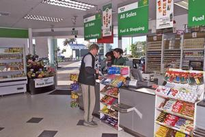 The Woolworths supermarket and BP service station combined on Jervois Rd in Herne Bay. Photo / NZ Herald