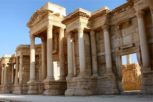 Palmyra lies 215km northeast of Damascu, on the edge of a desert oasis in the heart of the Syrian desert. the site, covering 50ha, contains one of the world's most complete classical cities. Photo / Wikimedia Commons image by user Zeledi
