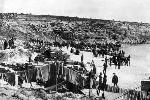 The Gallipoli landing was hamstrung by incompetence; some troops landed at the wrong beach, and the Turks were already well dug in. Photo / NZ Herald