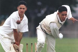 Twins Tai (left) and Tasesa Lavea played under-17 cricket for Auckland in 1996. Photo / Geoff Dale