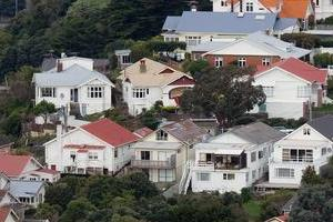 The Reserve Bank predicts annual house price inflation will reach double-digit rates by early 2010 before easing back to 2 per cent in 2011. Photo / Mark Mitchell