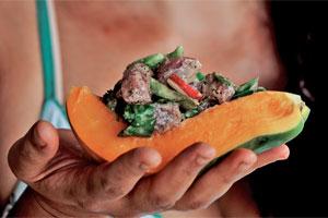 Raw tuna salad with pawpaw seeds. Photo / Shiri Ram