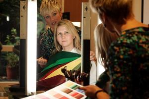 Jackie O'Fee with Rachel Grunwell. Photo / Herald on Sunday