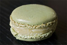 Pierre Herme's olive oil and vanilla macarons have an unctuous quality but are not greasy. Photo / Wikimedia Commons image by user Myrabella