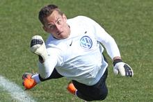 All Whites goalkeeper Glen Moss in action during training. Photo / Brett Phibbs 