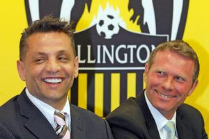 Wellington Phoenix owner Terry Serepisos (L) with coach Ricki Herbert. Photo / Getty Images