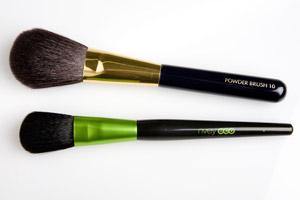 Nvey Eco powder brush. Photo / Babiche Martens