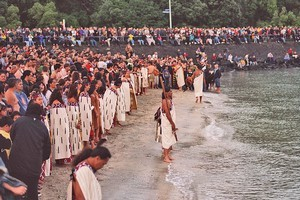 The crowd at Okahu Bay, Auckland, wait to catch the first sunrise of the year 2000. Photo / NZ Herald