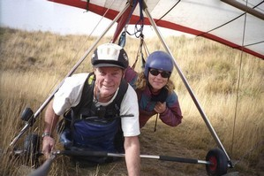 Hang-glider pilot Stephen Parson and tourist Eleni Zeri, who died after Parson failed to clip her on properly. Photo / Supplied