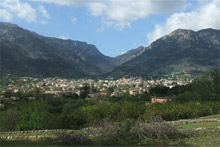 The town of Soller is a charming spot from which to explore Mallorca's northwest. Photo / Wikimedia Commons 