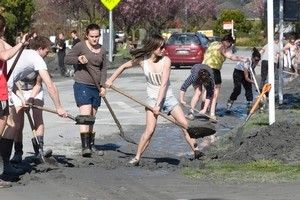 Students help in cleaning up Christchurch last week. Photo / Mark Mitchell
