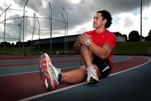 Ruben Wiki is running in the Arthur Lydiard Marathon in the Waitakere Ranges. Photo / Doug Sherring
