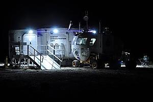 Nasa's Desert RATS team's rover and habitat unit in the Arizona desert. Photo / Nasa