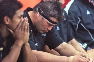 All Black Craig Dowd reacts after losing to France in the 1999 World Cup semifinal. Photo / Getty Images