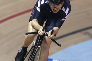 Alison Shanks wins gold in the women's 3000m individual pursuit. Photo / Getty Images