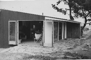 The experimental First House in Takapuna shortly after completion in 1950. Photo / Supplied.