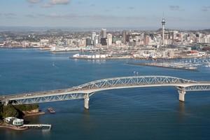 Auckland Harbour Bridge. Photo / Richard Robinson.