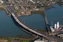 New Mangere Bridge on the South Western Motorway. Photo / Richard Robinson