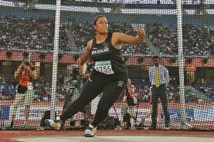 Beatrice Faumuina competes in the women's discus final. Photo / Getty Images