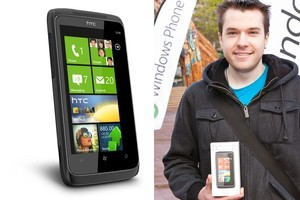 Jourdan Templeman grabbed the first retail Windows Phone 7 device in the world at this morning's launch.