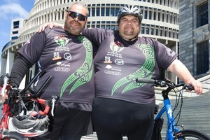John Tiaiti (L) and Aaron Mane were among the group who cycled from Hastings. Photo / Mark Mitchell