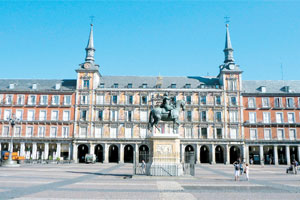 Plaza Mayor was renovated in the beginning of the 1600s, its enclosed square of apartments, shops and cafes presided over by Felipe III on horseback. Photo / Linda Herrick