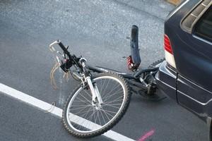 The scene of the Tamaki Drive crash. Photo / Stephen McNicholl
