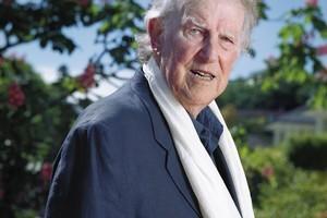 Sir Edmund Hillary. Photo / APN