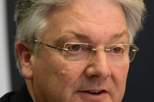 United Future's Peter Dunne talked of the country being in 'suspended animation'. Photo / NZ Herald