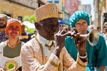 A street performer in Havana, Cuba. Photo / Aaron Smale
