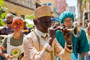 A street performer in Havana, Cuba. Photo / Aaron Smale