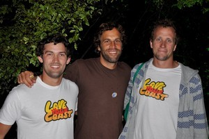 Jack Johnson with Love your Coast co-founders Camden Howitt (L) and Sam Judd from Sustainable Coastlines. Photo / Jack Johnson Music