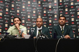 Pakistan T20 skipper Shahid Afridi, team manager Intikhab Alam and coach Waqar Younis take questions yesterday. Photo / Getty Images