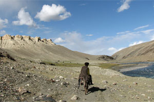 On the Pamir Trail in the Hindu Kush. photo / Ian D. Robinson