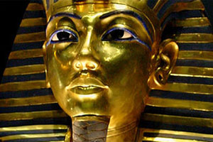 The death mask of Egypt's boy king, Tutankhamun, can be seen at the Egyptian Museum in Cairo. Photo / Wikimedia Commons image by Bjørn Christian Tørrissen