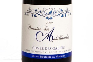 Domaine des Aphillanthes Cotes-du-Rhone Les Galets, France 2009. Photo / Babiche Martens