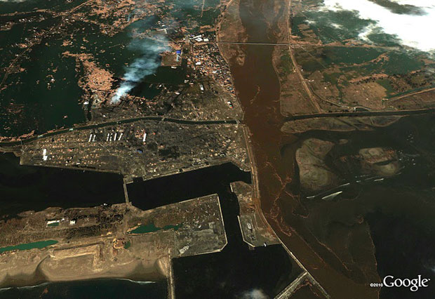 Yuriage in Natori after tsunami. Photo /  Google, GeoEye