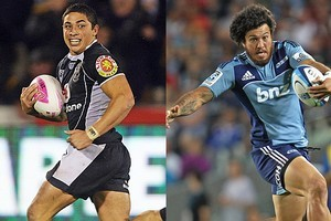 Flying wingers Kevin Locke (L) and Rene Ranger (R) will both be on flanks tonight for the Warriors and Blues respectively. Photo / Getty Images