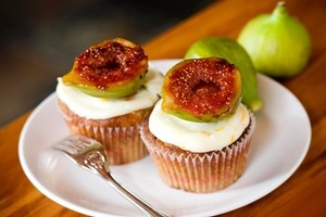 Fig and lemon cupcakes. Photo / Babiche Martens