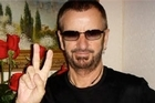 Ringo Starr helped fulfil 17-year-old Alexx Kipp's wish by meeting the teen at a Hard Rock Cafe in Los Angeles.