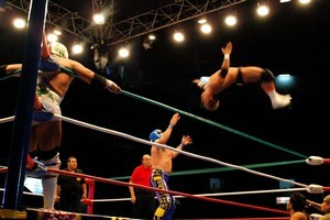 Luche Libre provides the thrills to delight any tourist. Photo / Robin Esrock