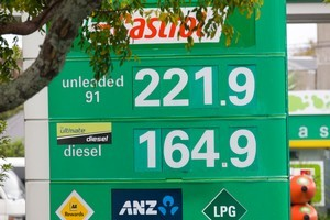 Commentators say Kiwis will have to get used to fuel prices continuing to rise. Photo / Paul Estcourt