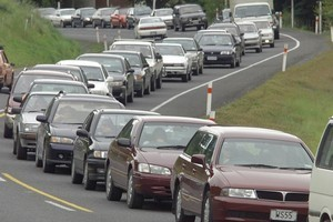 People heading back to Auckland today will face traffic disruptions on road and rail when they return to work tomorrow. Photo / Paul Estcourt